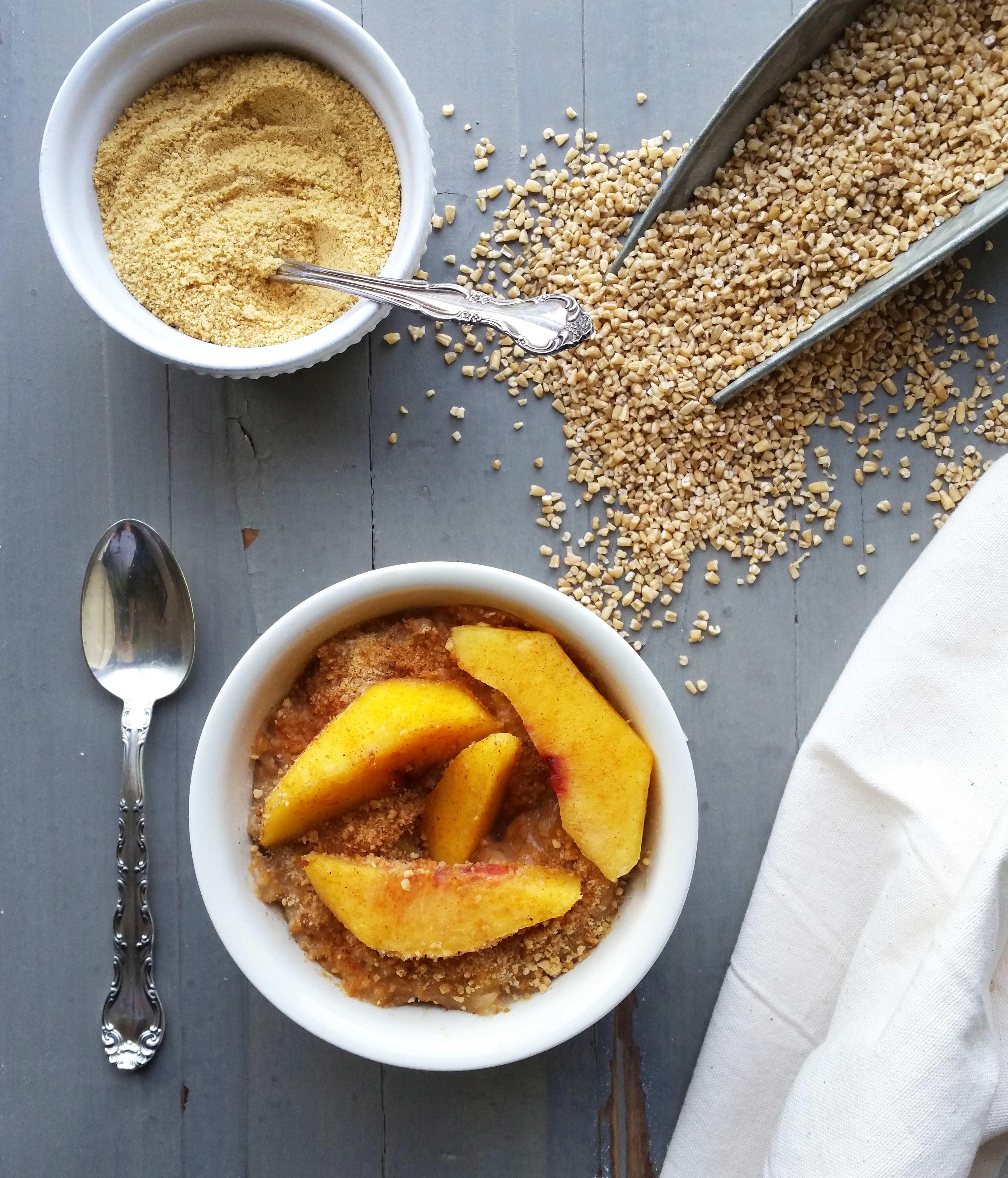 Crockpot Peach Crisp Oatmeal