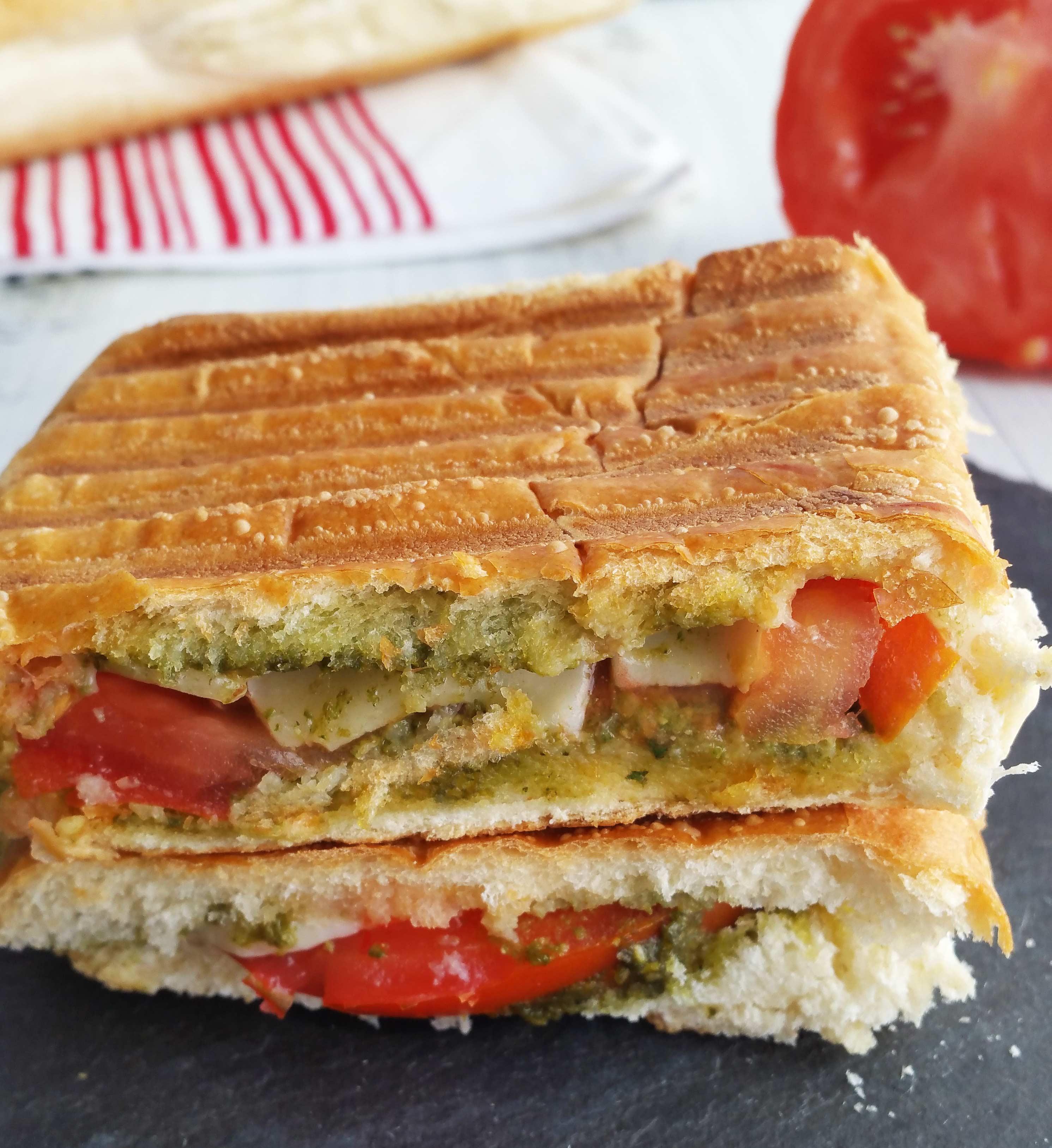 Tomato-Mozzarella-Panini