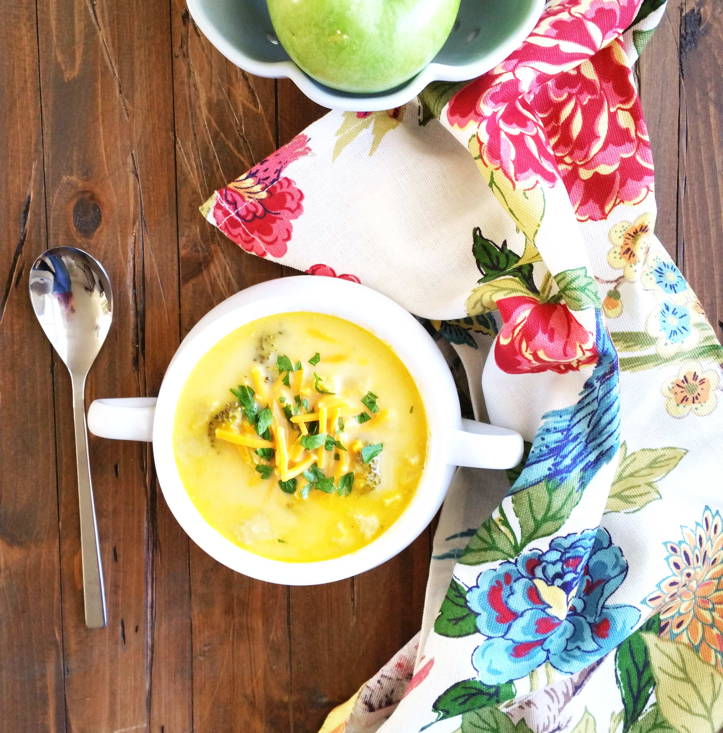 Broccoli-Apple-Cheese-Soup-