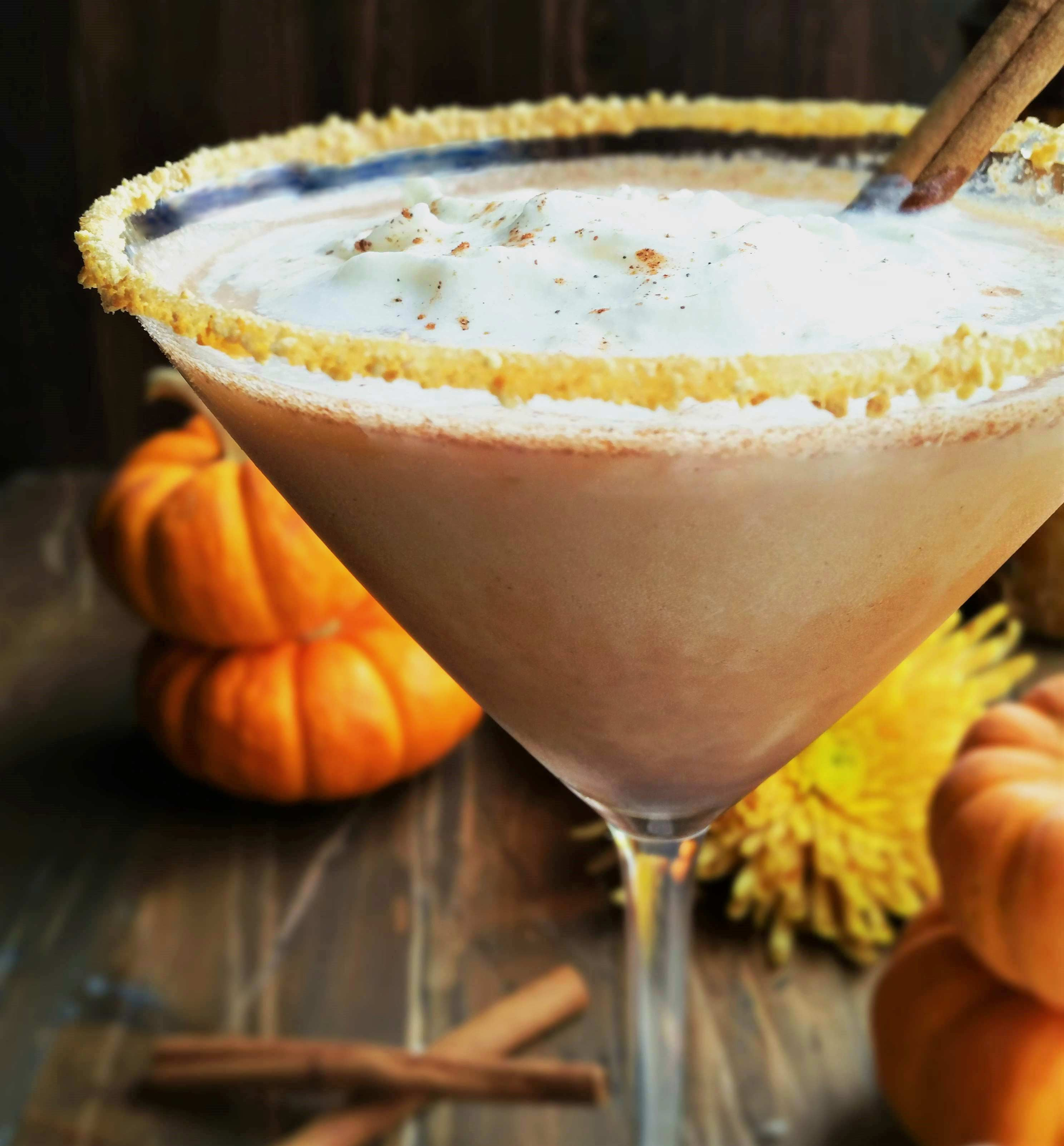Chocolate-Pumpkin-Pie-Martini
