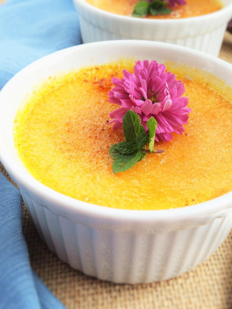 Pumpkin-Amaretto-Creme-Brulee