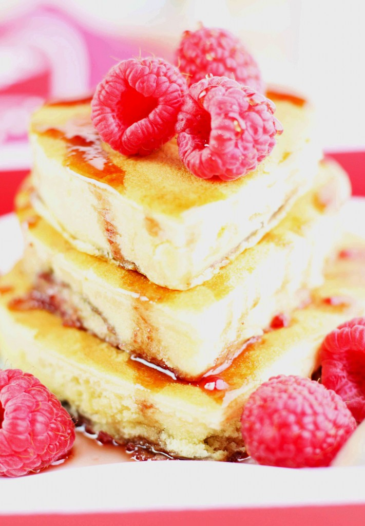 Raspberry-Cream-Cheese-Pancakes-r3