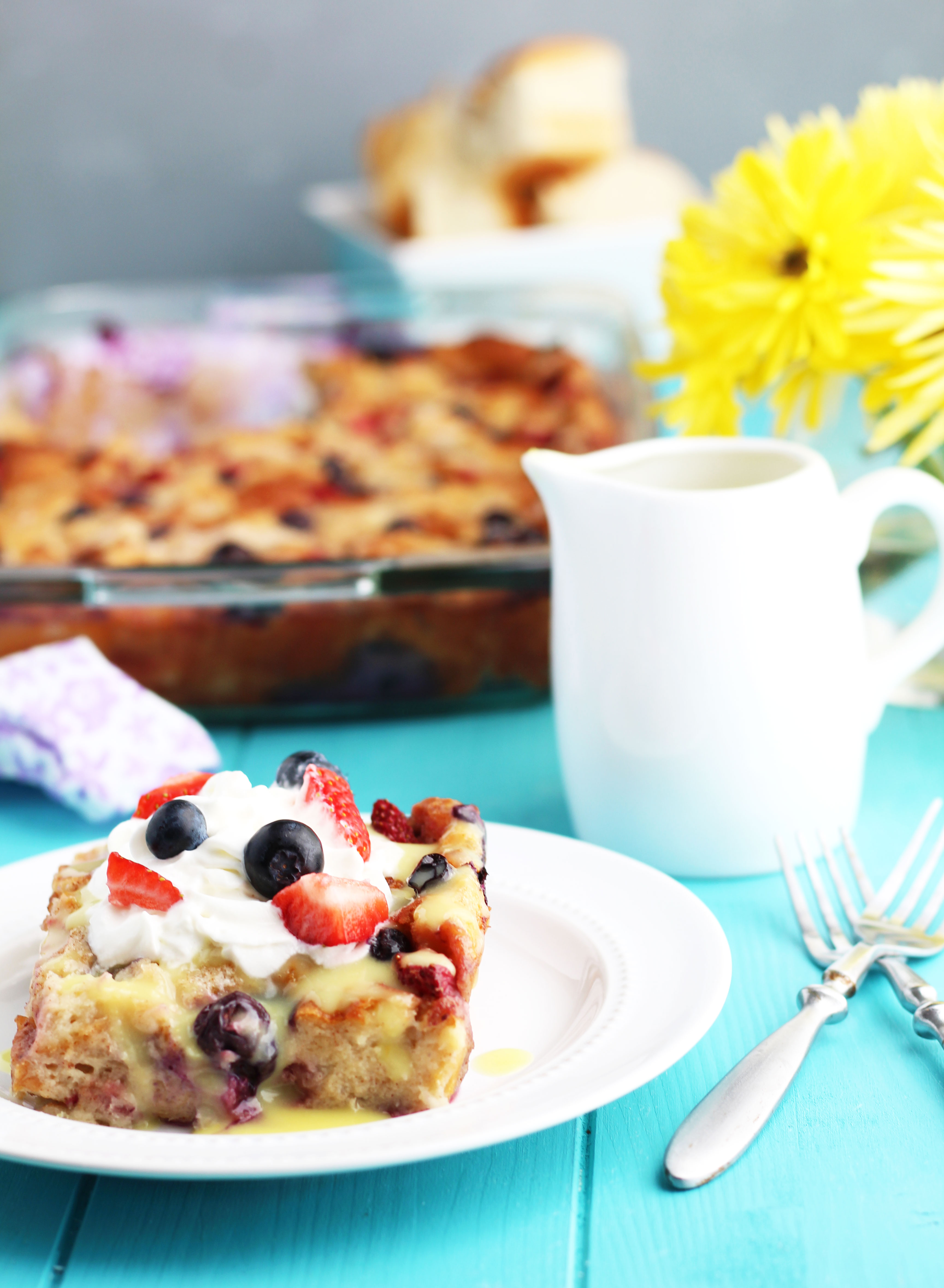 HawaiianSweet-Roll-and-Berry-Bread-Pudding-with-Lemon-Sauce-use