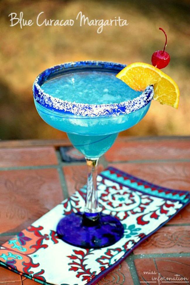 blue-curacao-margarita-