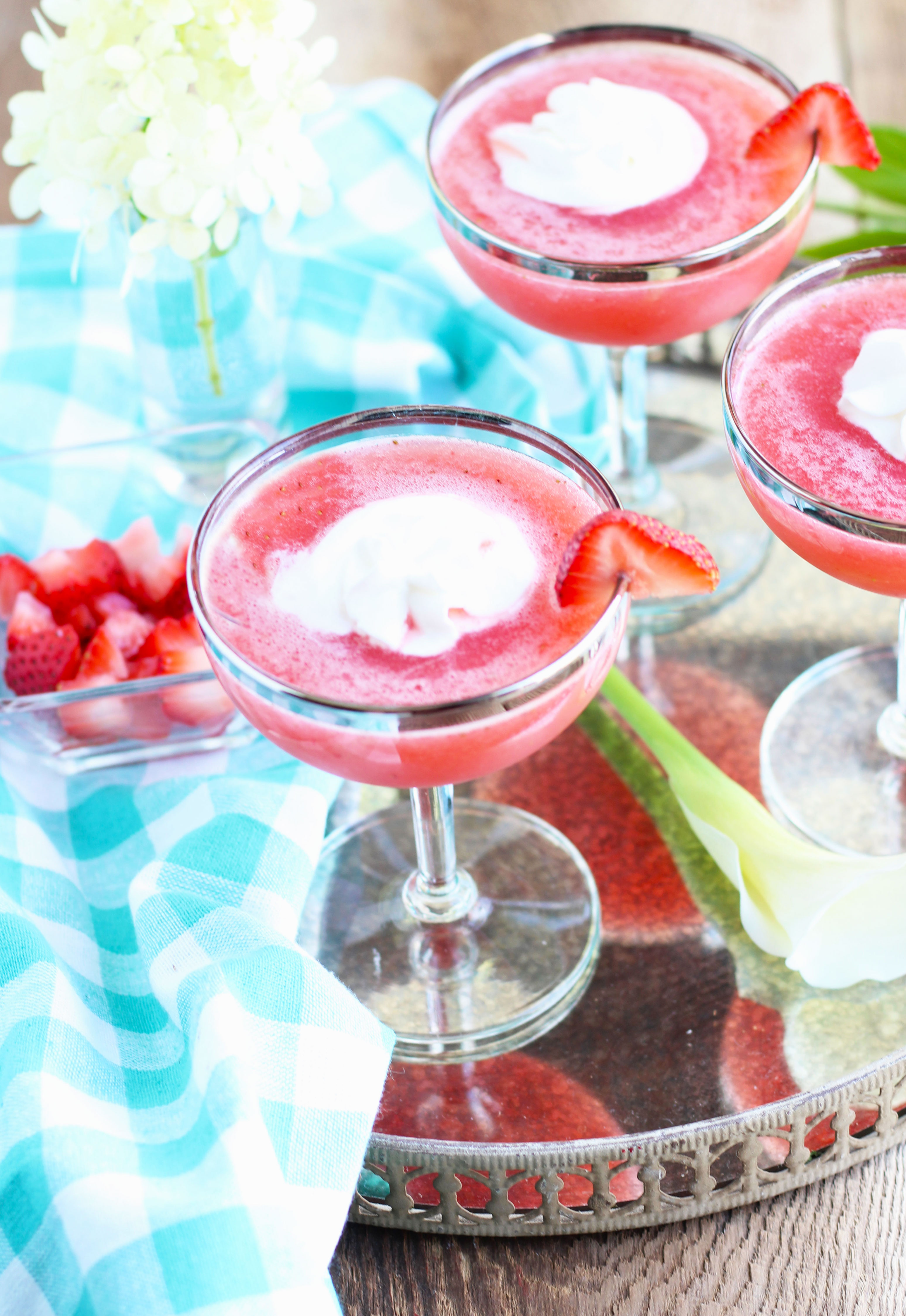 Strawberry-Shortcake-Martinis-r2