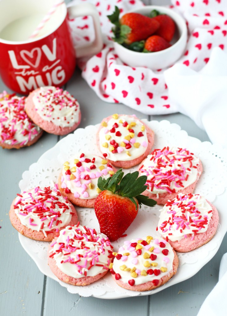 Strawberry-Cream-Cheese-Cookies-r