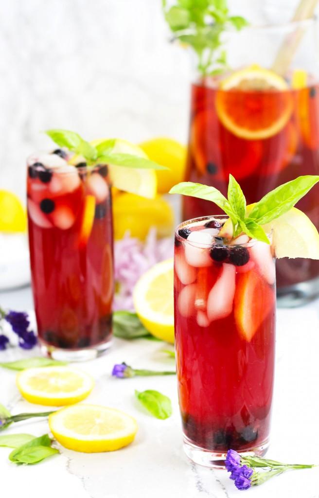 Spiked-Lemon-Berry-Sweet-Tea-2r