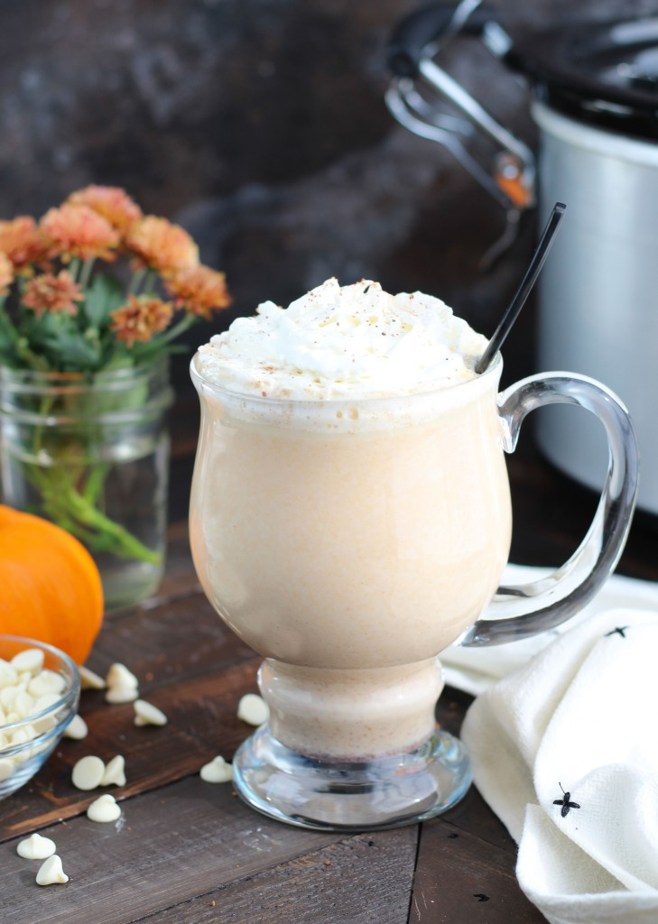 Crockpot-Pumpkin-Spice-White-Hot-Chocolate