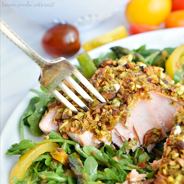 Pistachio-Crusted-Salmon_Featured