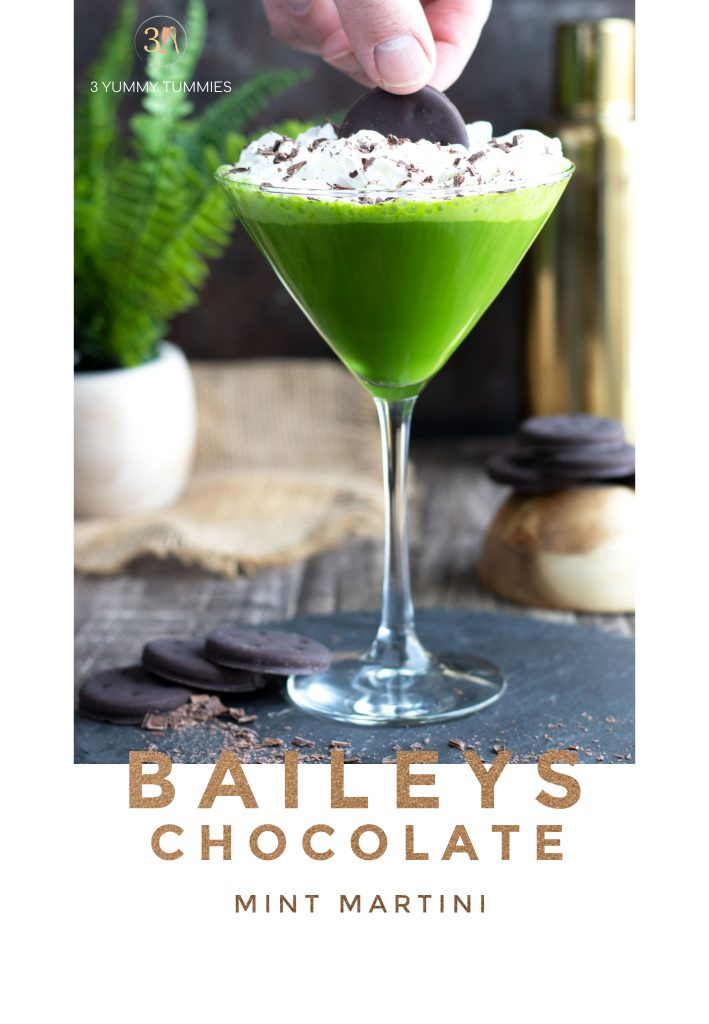 This Baileys Chocolate Mint Martini is a fun way to bring a little green to your spring or St. Patrick's Day. It is so flavorful with Baileys, Peppermint Schnapps, vanilla vodka and Crème de Cacao.
